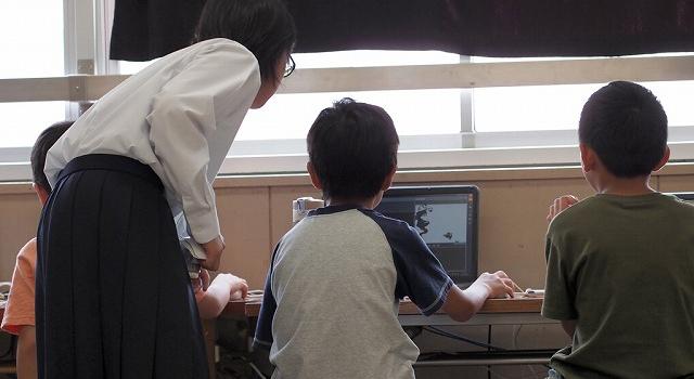 中学生による小学生プログラミングワークショップ実施をサポートしてきました